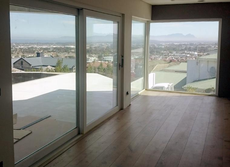MB Glass & Aluminium – Somerset West Home